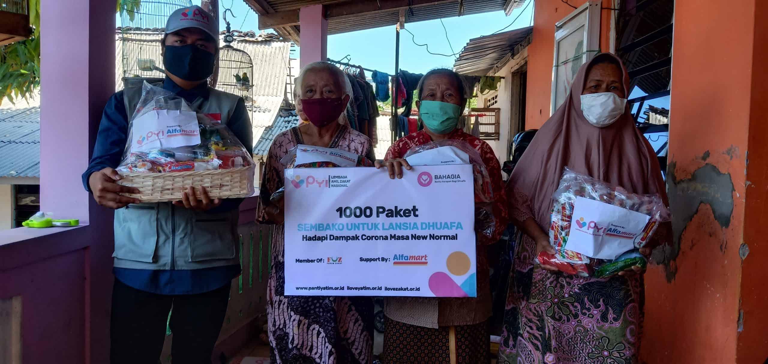 LAZ Panti Yatim Salurkan Paket Sembako Bagi Lansia Terdampak Covid-19 Kota Semarang