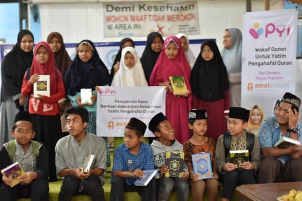 Pendistribusian Dana Amalsholeh.com Bagi Yatim dan Dhuafa 2