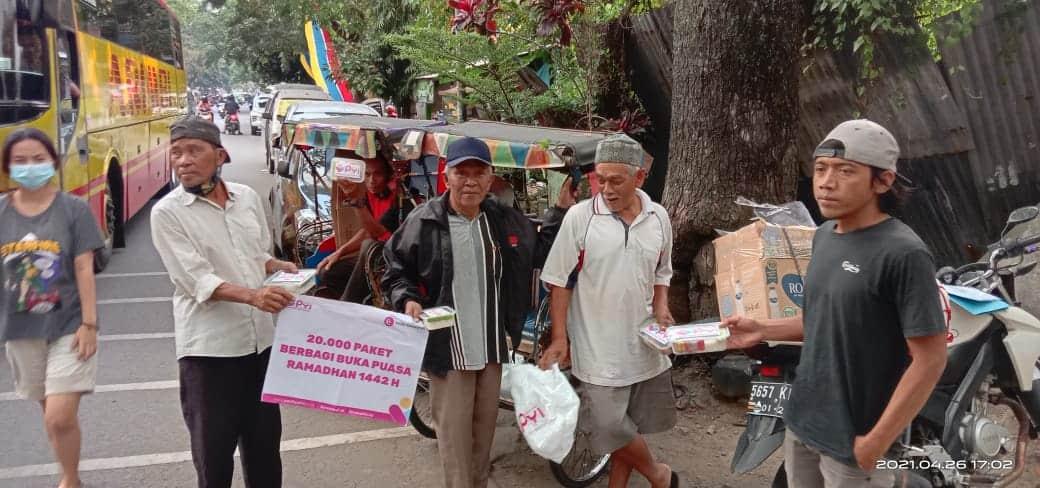 Paket berbuka Puasa Untuk Yatim dan Dhuafa